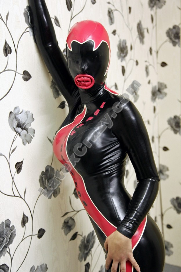 Condom Catsuit an Latex Lucy